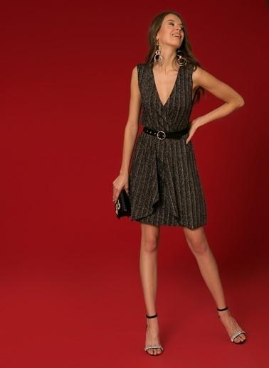 Vero Moda Vero Moda 10207050 V Yaka  Renk Kadın Elbise Siyah
